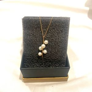 Gorgeous Stacked Gold Pearl Necklace 18K gold